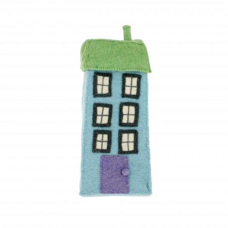 Высокий голубой дом