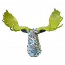 Лось цветной зеленые рога