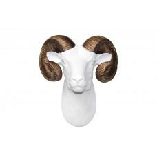 Горный козел бронзовые рога